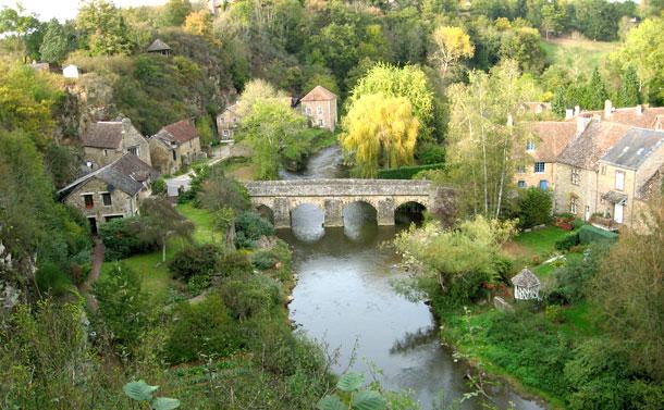Les parcours en cano u00eb sur la Sarthe dans les Alpes Mancelles 72 # Canoe Saint Leonard Des Bois